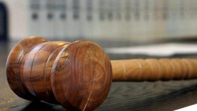 Heute: Prozess um Messer-Mord im Flüchtlingsheim – Abgelehnter Asylbewerber stach nach Streit ums Essen 19 Mal zu