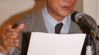 Am 4. Juni 1989 legte er die Büroschlüssel der Xinhua Agentur auf seinen Schreibtisch und kehrte nie wieder an diesen Arbeitsplatz zurück