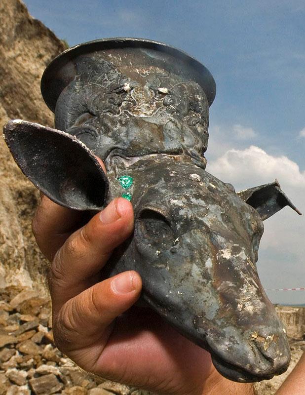 Ein thrakischer Goldschatz-Fund in der Nähe von Zlatinitsa, Bulgarien