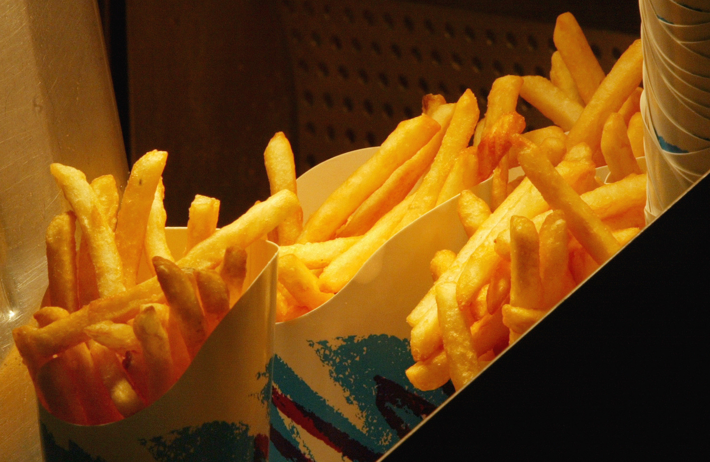 Warnhinweise für Pommes frites