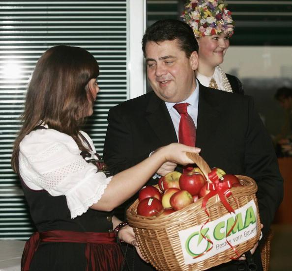 Bundesumweltminister Gabriel startet Naturdetektive