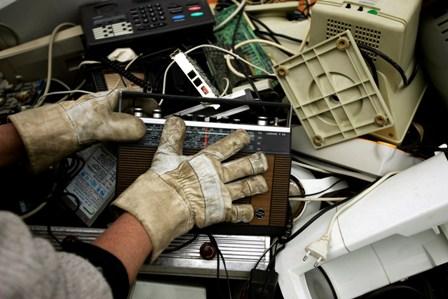 Städte äußern Sorge vor Start des Sammelsystems für Elektroschrott