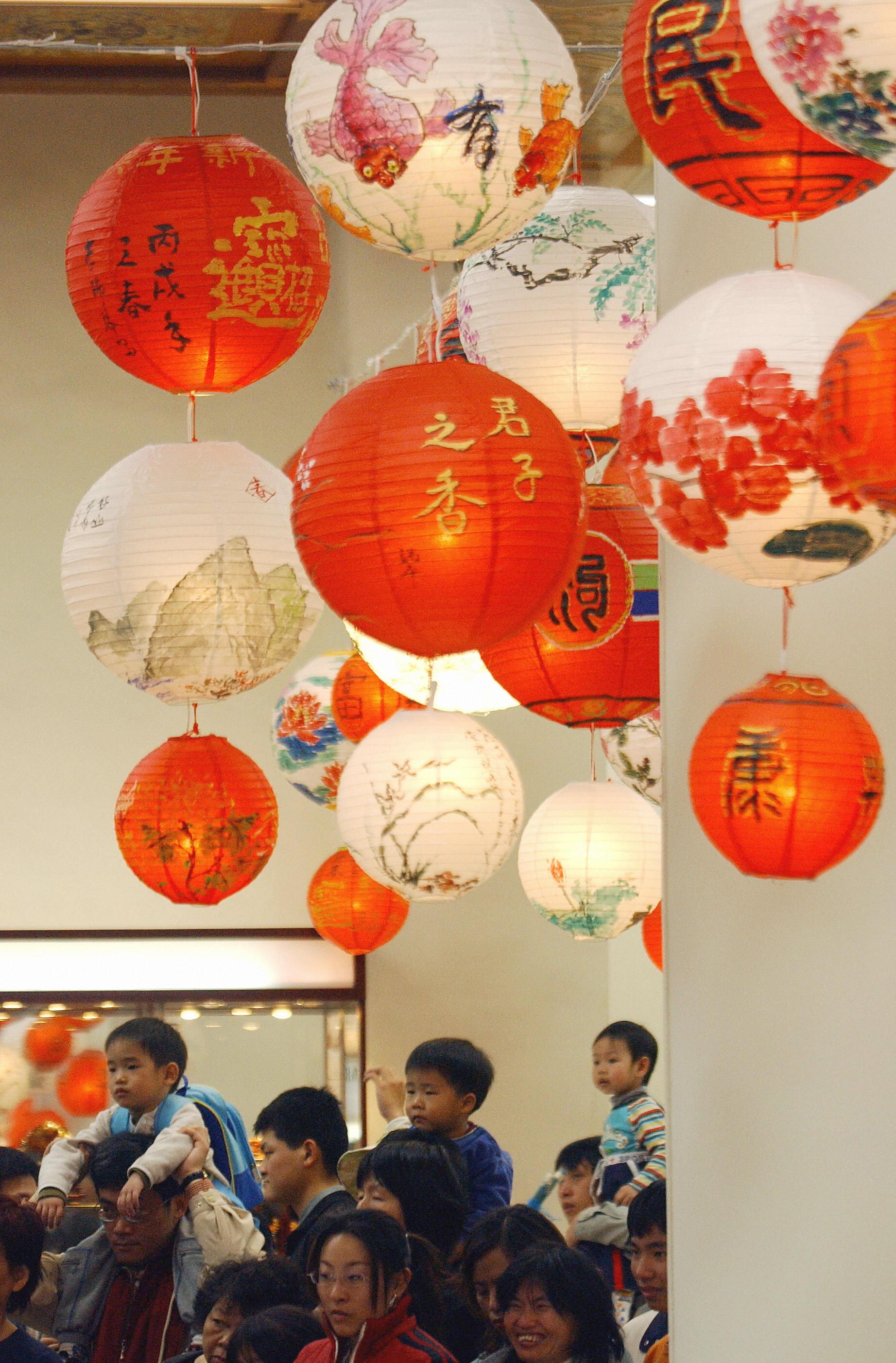 Chinesische Lampions – Glücksbringer und Nachrichtenübermittler