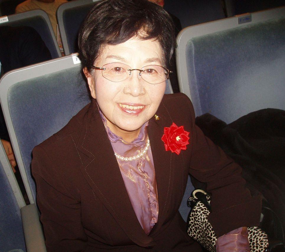 """Präsidentin von Ikebana International ist begeistert: """"Divine Performing Arts"""" zeigt uns eine Welt göttlicher Wesen"""