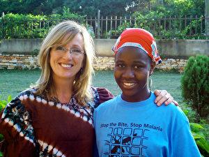 """Debra Lefebvre und ihre Organisation """"Buy-a-Net"""" rücken der Krankheit mit Moskitonetzen zu Leibe. ("""