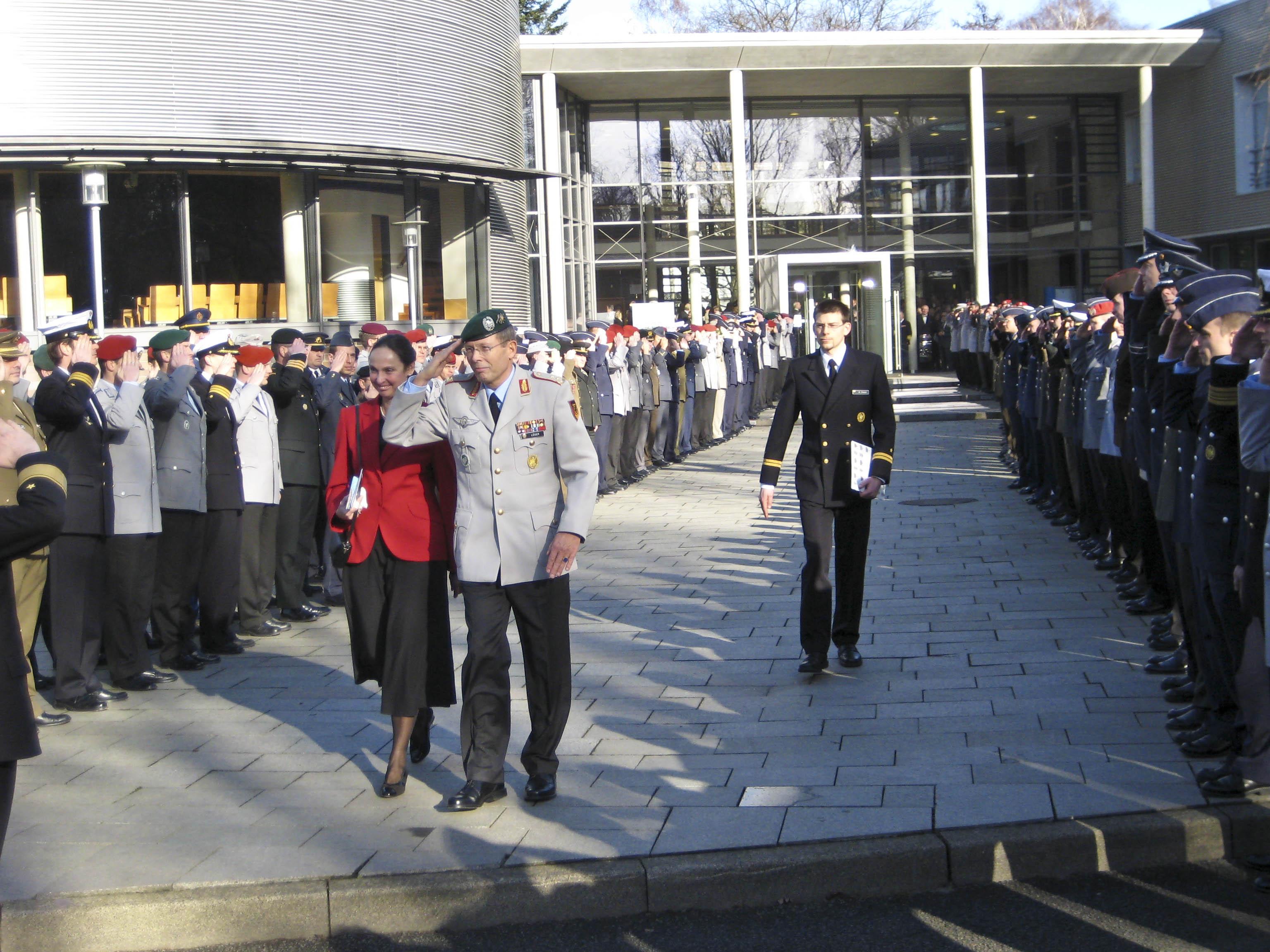 Kommandeurwechsel an der Führungsakademie der Bundeswehr