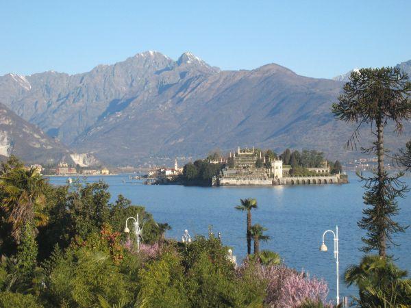 Ein faszinierender Teil des Lago Maggiore gehört zum Piemont