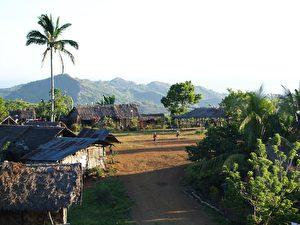 Ein Dorf im Konfliktgebiet (Peace Agents Foundation)
