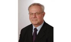 Prof. E. Schneider. (Privat)