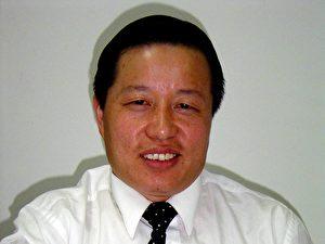 Rechtanwalt Gao Zhisheng gewann die größten Schmerzensgeldprozesse in der chinesischen Geschichte. Nachdem er sich für Unterdrückte und Enteignete eingesetzt hatte, musste er seine Kanzlei schliessen. Gao ist seit gut einem Jahr verschwunden. (ET)