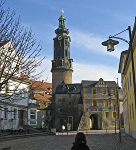 Das Weimarer Stadtschloss. Blick zum Haupteingang mit Schlossturm. (Joachim Frank)