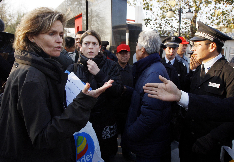 Rüde Behandlung von EU-Parlamentarierin in Peking