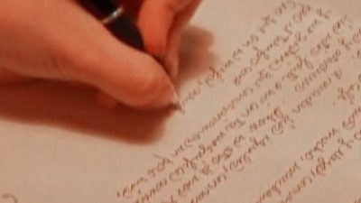 Cuban Woman Writes Love Letters for a Living