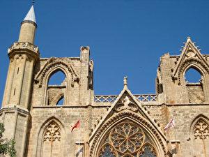 Famagusta, christliche Kathedrale als Moschee. (Thilo Gehrke)