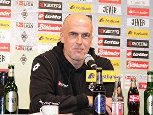 Der Trainer von Borussia Mönchengladbach Michael Frontzeck.