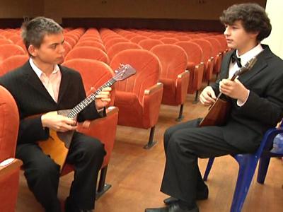 Ukrainian Musicians Win Russia's Balalaika Festival