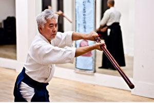 Eine friedfertige Kampfkunst: Masami Shioda gibt sein Können kostenlos an seine Schüler weiter.