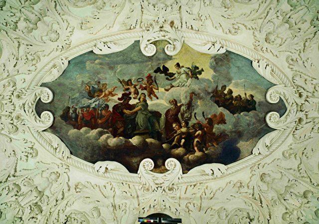 Deckengemälde im Obergeschoss-Saal des Südpavillons. Die Opferung der Iphigenie, um 1690.
