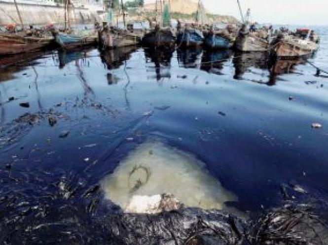 China: Beseitigung des Öls in Dalian kommt nur schleppend voran