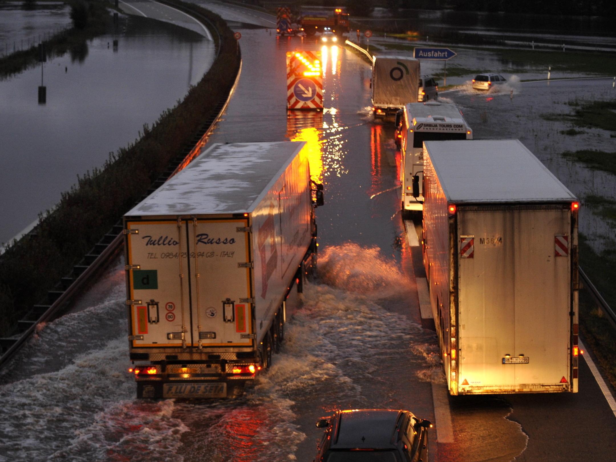 Wasser steigt weiter in Brandenburg
