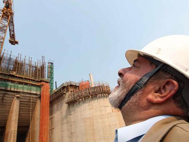 Wer führt Brasilien zur wirtschaftlichen Blüte?