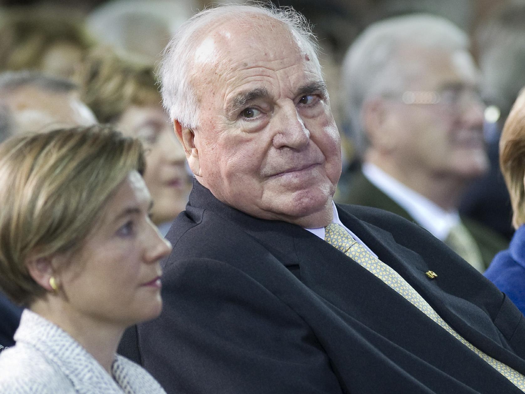 Altkanzler Kohl ruft seine Partei zur Ordnung