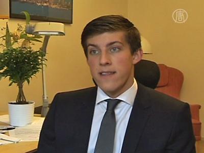 Teenie wird Parlamentsmitglied in Schweden