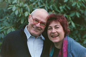 Das Ehepaar Bartkowiak organisiert Ausstellungen und Messen zum Thema Handwerk des traditionellen Druckverfahrens.