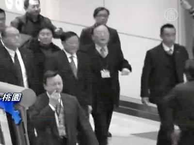Hochrangiger chinesischer Beamter während Taiwan-Besuch angeklagt wegen Völkermord