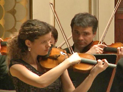 Prague Symphony Orchestra Plays in Sympathy for Japan