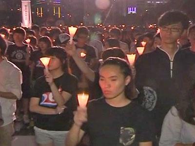 150,000 Commemorate Tiananmen Victims in Hong Kong