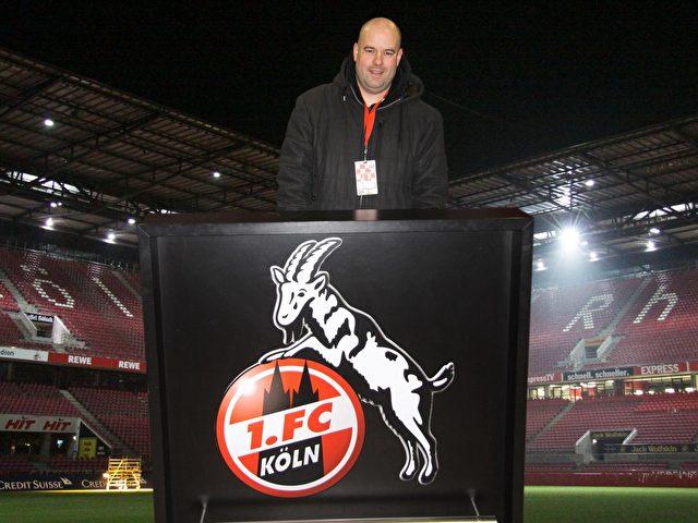 """Dirk Unschuld: """"Willkommen bei meinem FC""""."""