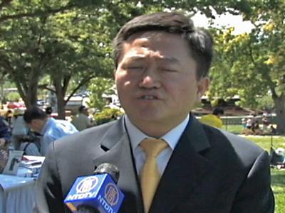 Charles Li, ein Falun Gong-Praktizierender, der jahrelang in Chinas Gefängnissen saß.