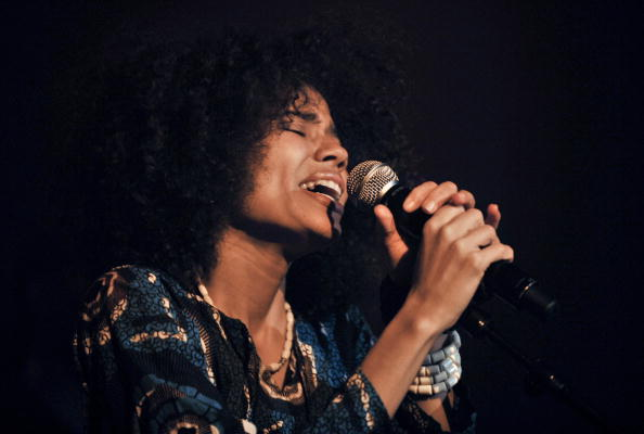 Nneka auf Europatournee