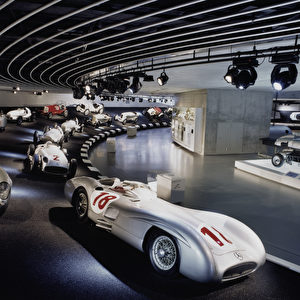Im Mercedes-Benz-Museum in Stuttgart. Foto: Daimler AG
