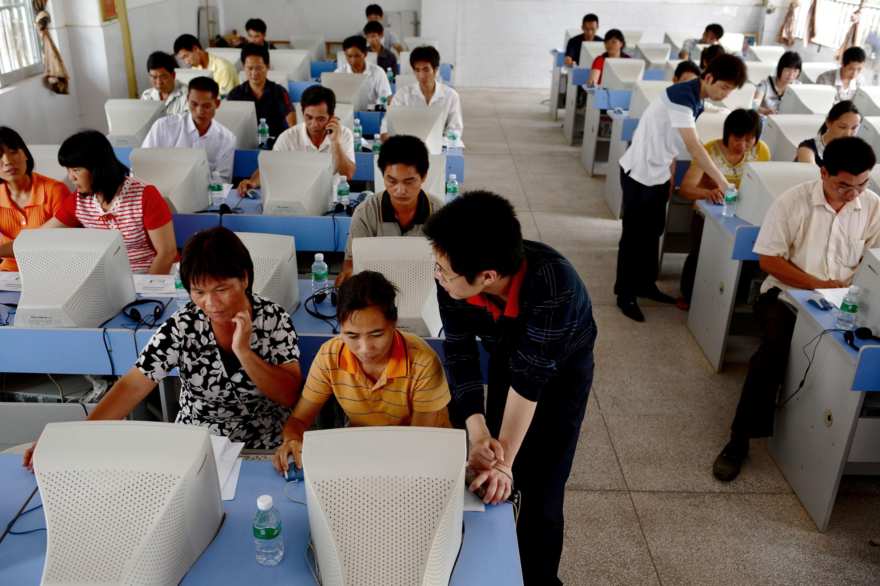 China: KPCh steuert Internet auch mit bezahlten Kommentaren