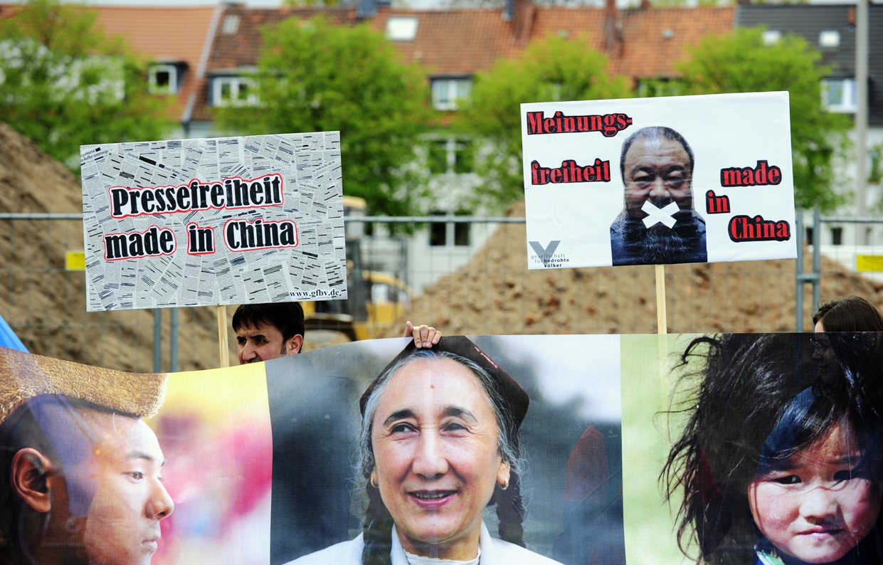 Gegen Völkermord und Verbrechen gegen die Menschlichkeit: Gesellschaft für bedrohte Völker feiert 50-jähriges Bestehen