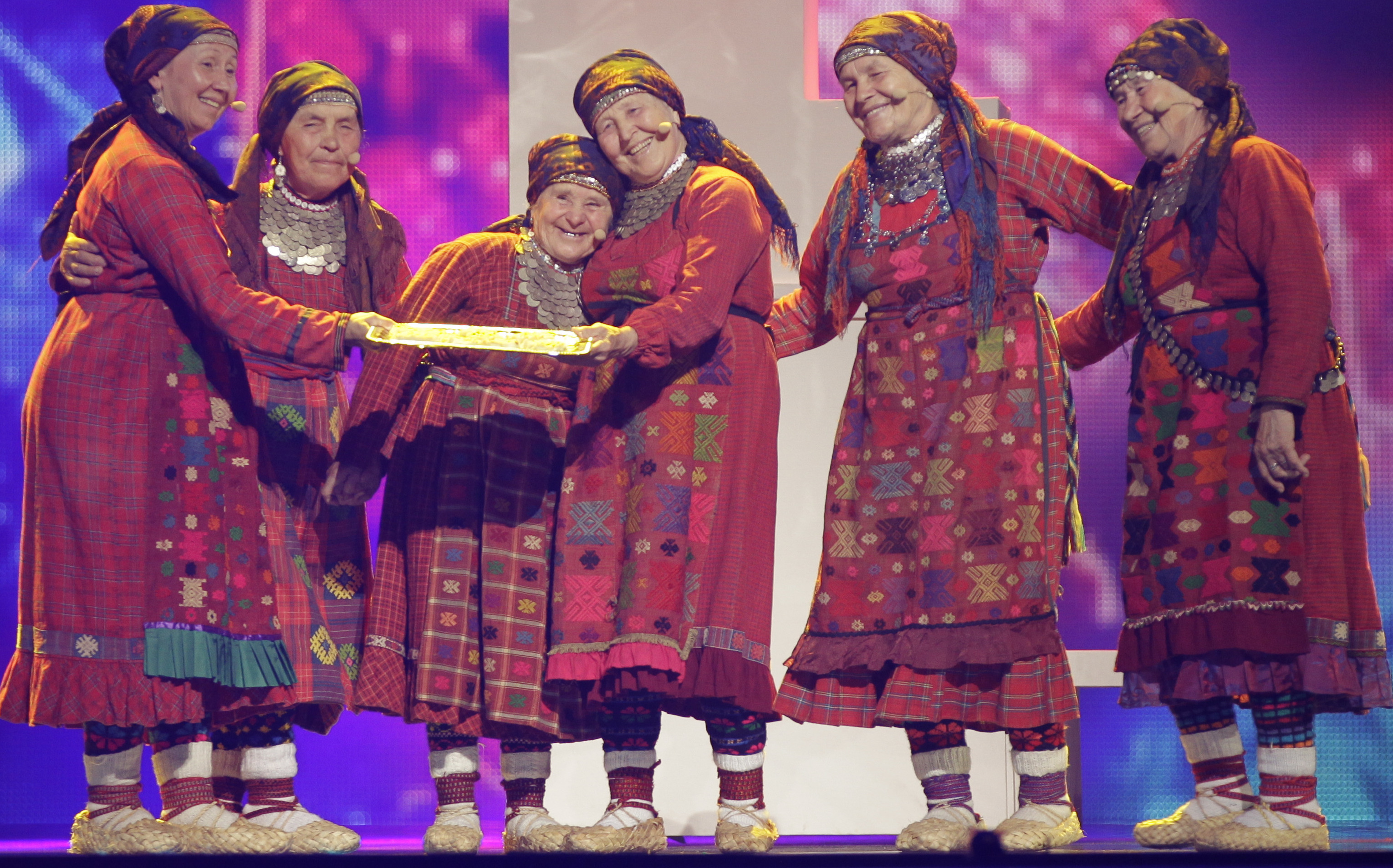 Eurovision Song Contest: Roman, Omas und Proteste