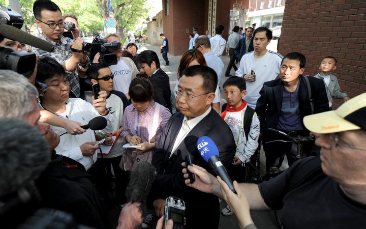 Freund von blindem Chen Guangcheng fast taub geschlagen