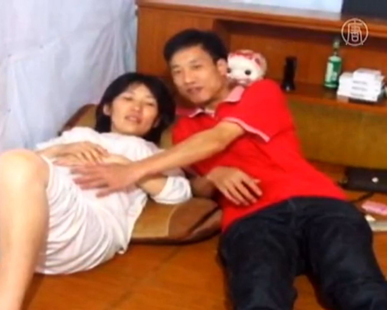 """China: Prügel, Geldstrafen und drohende Zwangsabtreibung wegen """"Ein Kind Politik"""""""
