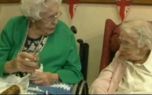 Zusammen 213 Jahre: Die ältesten Schwestern der Welt