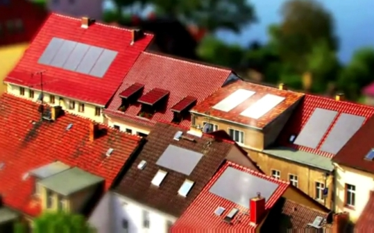 innovation solar strom zu hause speichern. Black Bedroom Furniture Sets. Home Design Ideas