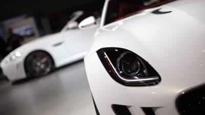 Jaguar und Landrover auf Schlössertour 2012