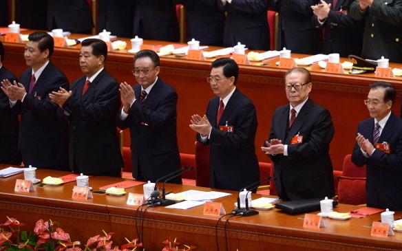Politiker der KPCh, während des 18. Parteikongresses.   Foto:  WANG ZHAO/AFP/Getty Images