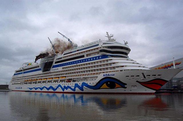 Kreuzfahrt-Schiffe stoßen giftige Abgase aus. Foto: Eilert Voss Wattenrat