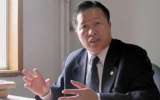 Gao Zhisheng in seinem Büro noch in Freiheit 2005.  Foto: Verna Yu/AFP/Getty Images