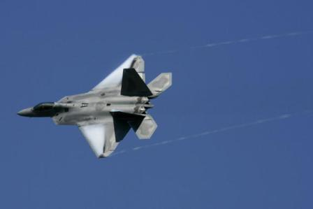 Ein F-22 Kampfflugzeug. Foto: Jonathan Daniel/Getty Images
