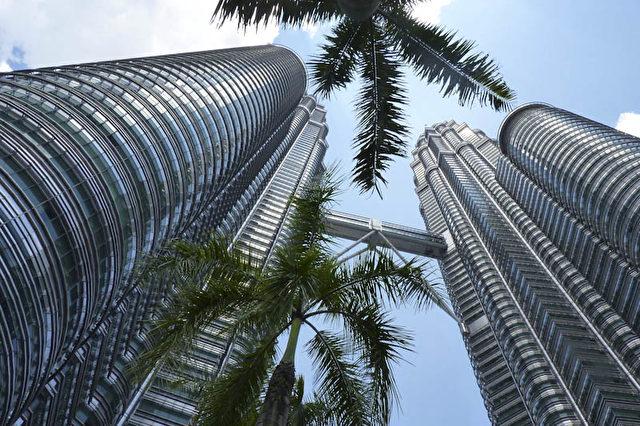 """Petronas Twin Towers"" in Kuala Lumpur.  Foto: Bernd Kregel"