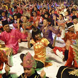 "Lebensfreude bei ""Colours of Malaysia"".  Foto: Bernd Kregel"