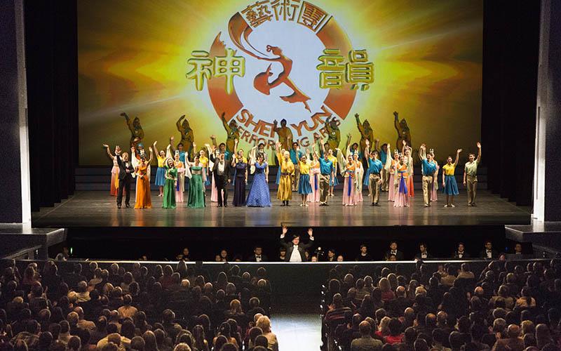 """Ballettmeisterin: """"Ich bin froh, dass ich Shen Yun gesehen habe"""""""